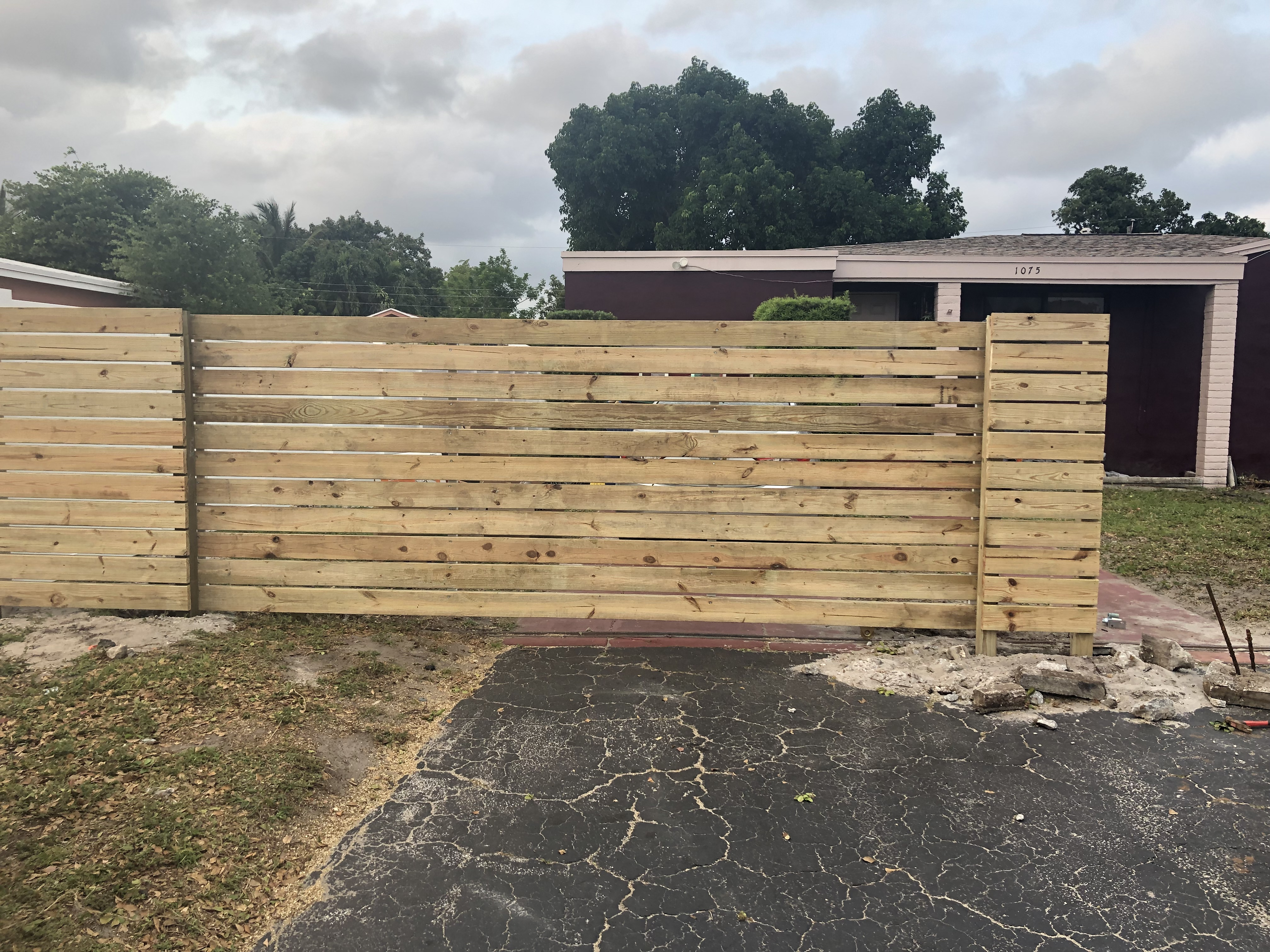 top commercial fence installation Houston Texas